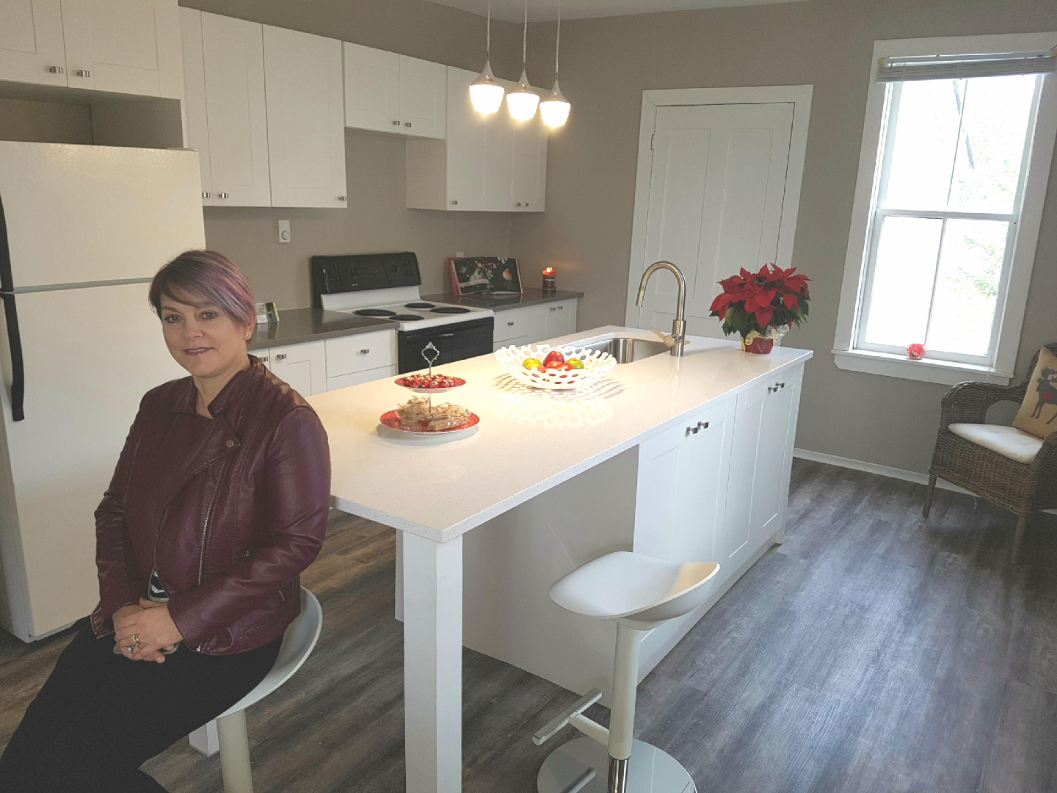 Corinne - Kitchen